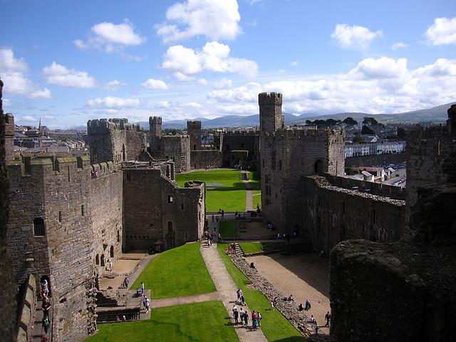 グウィネズのエドワード1世の城群と市壁群