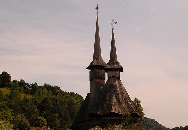 マラムレシュ地方の木造教会群