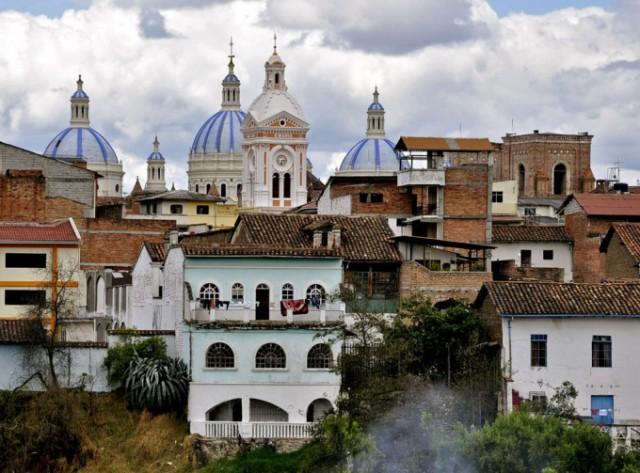 サンタ・アナ・デ・ロス・リオス・クエンカの歴史地区