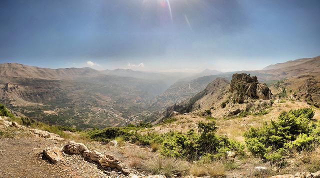 カディーシャ渓谷(聖なる谷)と神のスギの森(