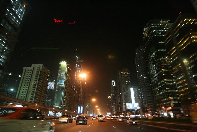 夜通しになる長距離移動には特に注意