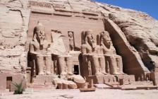 世界遺産にも認定されているアブ・シンベル神殿