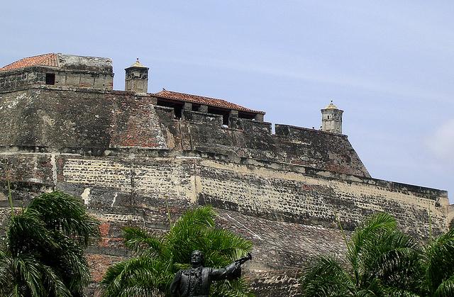 カルタヘナの港、要塞群と建造物群