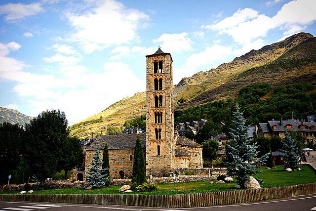 ボイ渓谷のカタルーニャ風ロマネスク様式教会群