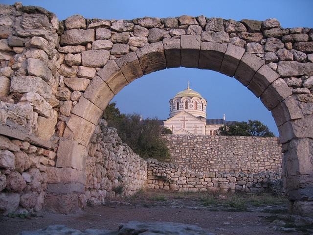 タウリカ半島の古代都市とチョーラ