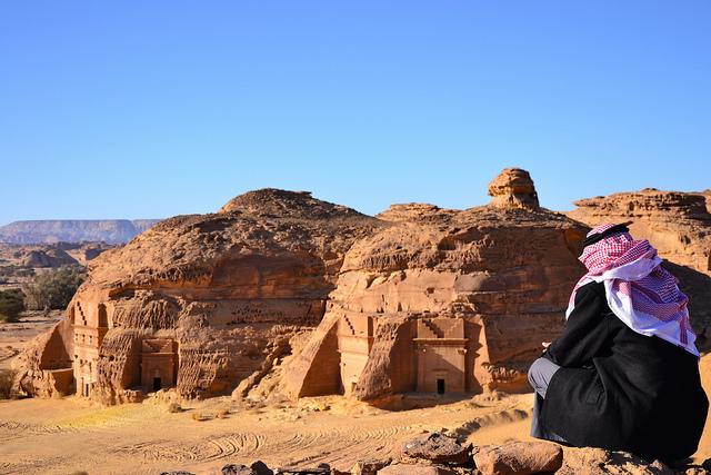 アル・ヒジュル古代遺跡