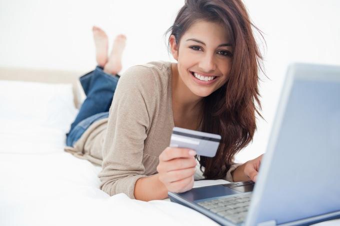 海外でクレジットカードを使う