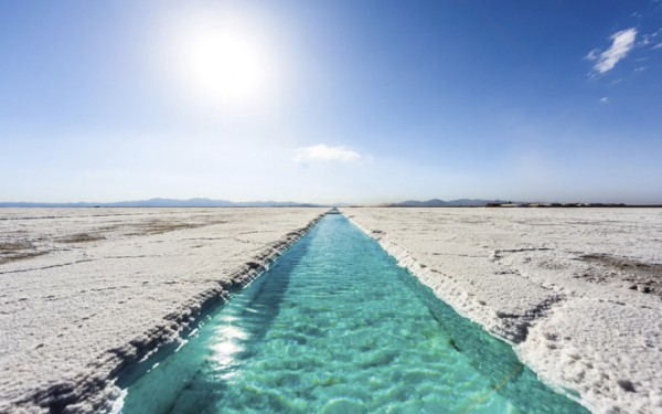 穴場の絶景スポット!サリーナス・グランデス塩湖