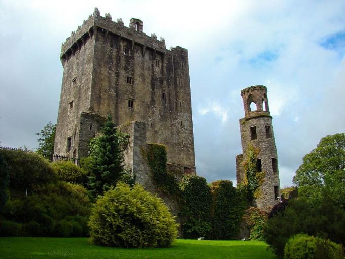 800px-Blarney_Castle_02