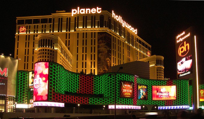 800px-Planet_hollywood_casino_2007