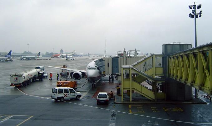 空港での作業