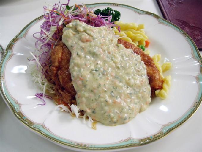 Chicken_with_tartar_sauce