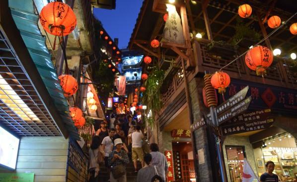 台湾ではじめての夜!さあ、どこへ行こう?