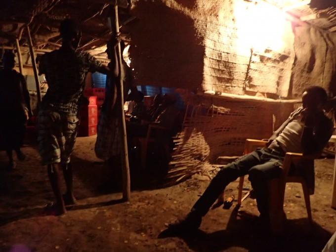 軍キャンプのバー
