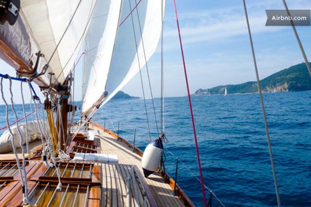 airbnbでヨットに泊まる