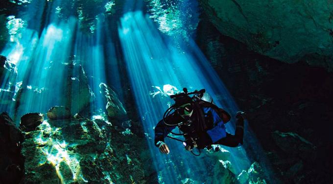 cenote-280252_1280