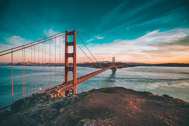 golden-gate-bridge-1081782_640 (1)