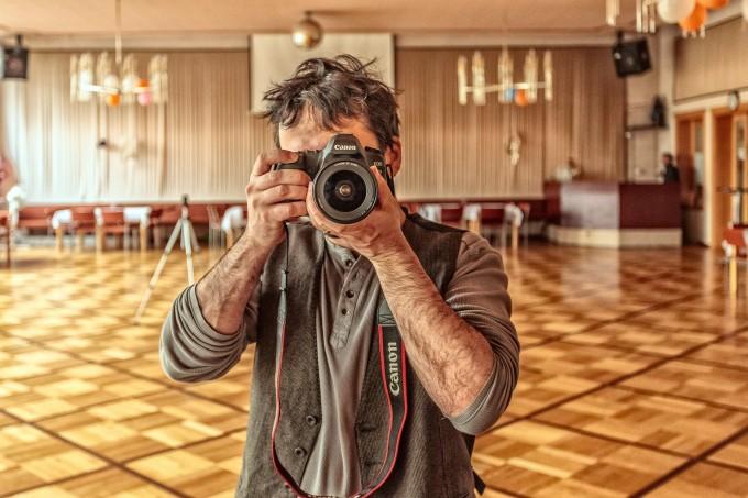 photographer-640419_1920