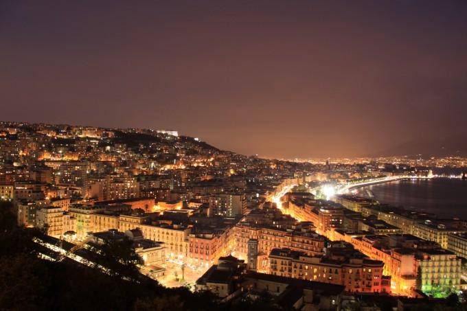ナポリの夜景・絶景画像