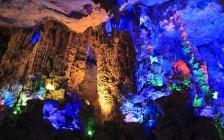 冒険心をくすぐる世界の洞窟16選