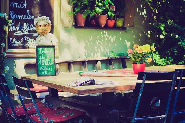 restaurant-336660_640