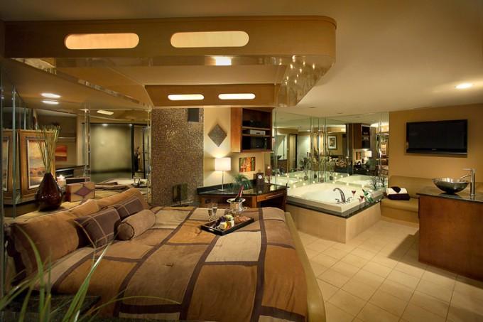 sLuxury hotel