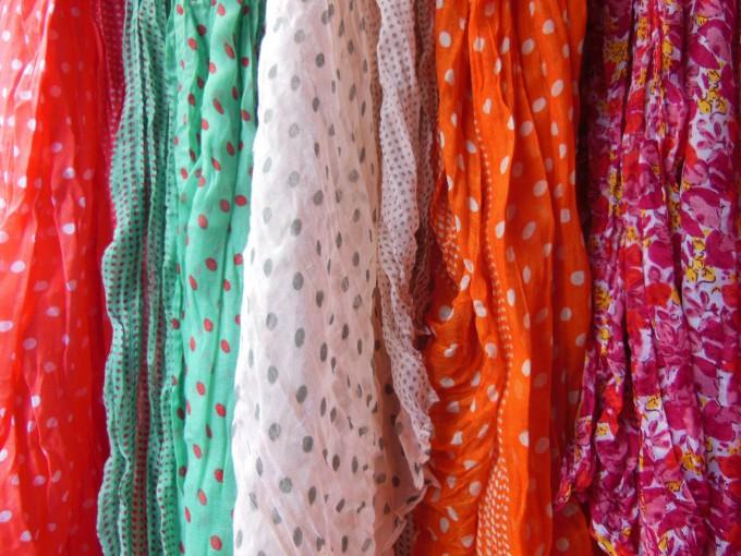 scarves-91349_1920