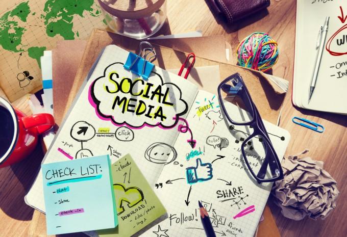 ソーシャルメディアの取り扱いには注意