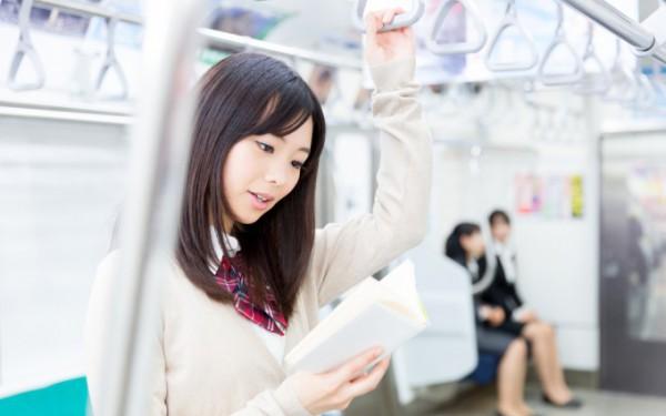 短い時間で英語力アップ!電車で出来る5つの勉強法