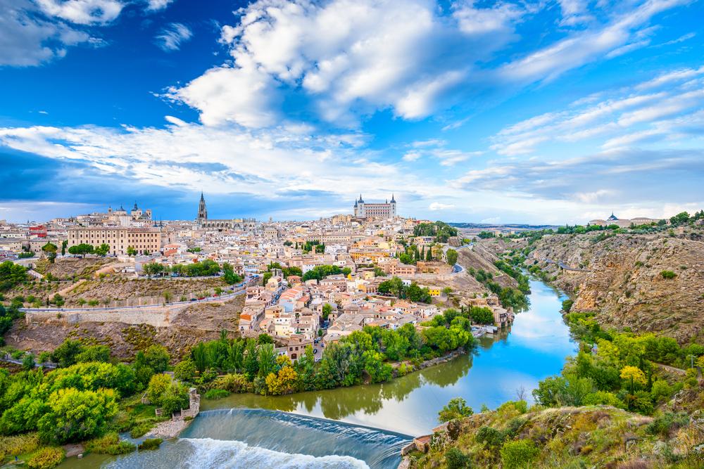 スペインと言えばマドリード?バルセロナ?それよりトレドに行きませんか?