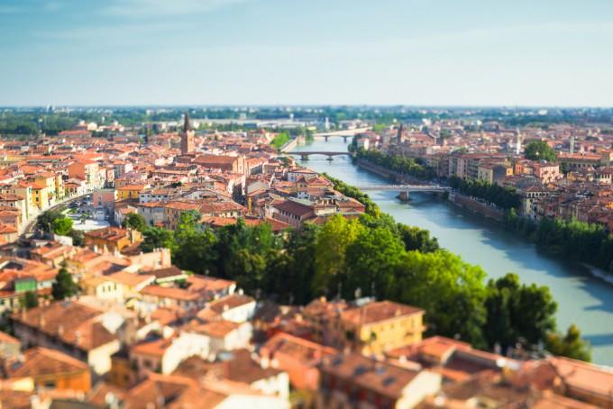 絵本の世界?美しい光景が広がるヨーロッパの街並み8選