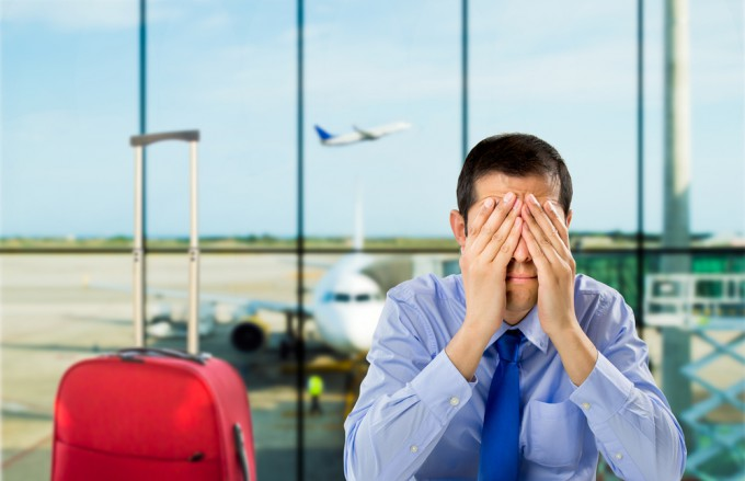 個人旅行の帰りの飛行機が欠航