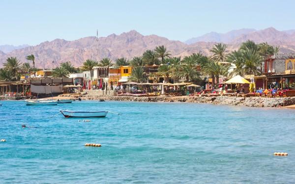 世界一周している人は大体訪れる隠れリゾート「ダハブ」とは